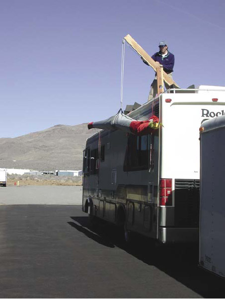 Figure 5-10. Crane used for one person to lift 110-pound wing on top of RV for transport.