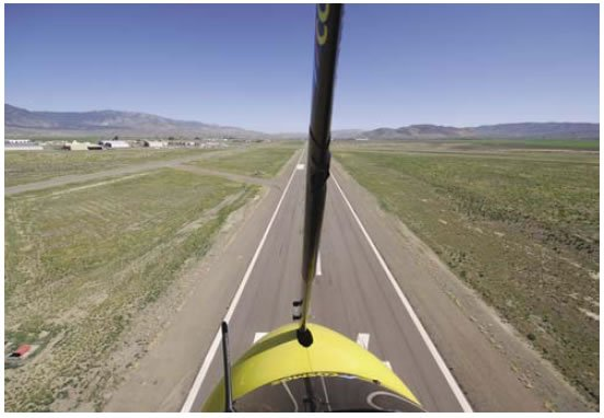 Figure 11-7. Maintaining speed and position over the middle of the runway.
